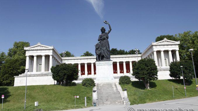 Statue-Bavaria-10.jpg