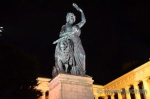 Statue Bavaria (6)