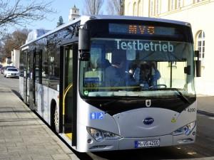 Elektrobus-2-Foto-SWM-MVG(1)