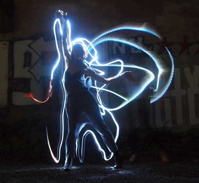 Dance-Lightpainting_FOTO-Ulrich-Tausend