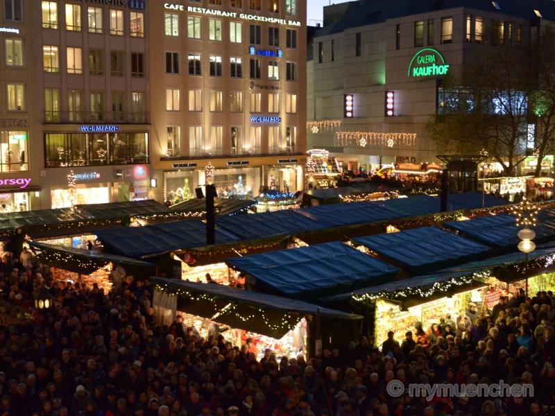 Christkindlmarkts auf dem Marienplatz (16)