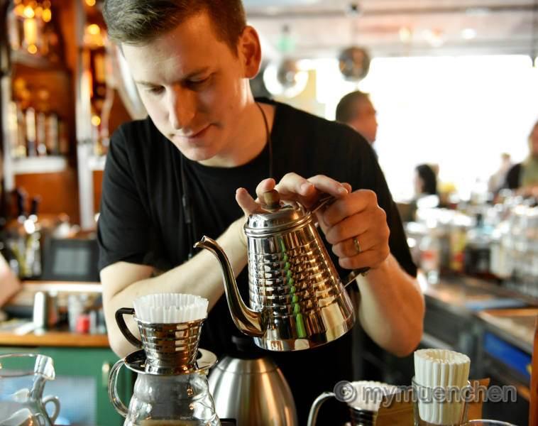 Cafe Amadeus M Ef Bf Bdnchen