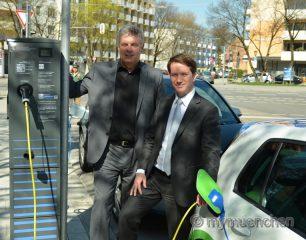 SWM bauen im Auftrag der Stadt Mün-chen Ladenetz für Elektrofahrzeuge aus