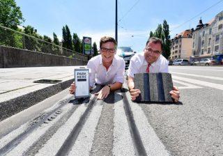 Felix Harteneck (ParkHere) und Ingo Wortmann (MVG), Fotos unter www.swm.de/presse
