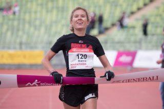 Die strahlende Siegerin Bianca Meyer gewann ihr Heimrennen mit einem deutlichen Vorsprung.