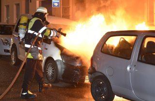 Fahrzeug ausgebrannt in der Entenbachstraße