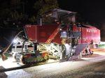 Aigner besucht Nachtbaustelle an der A 995/A 8 Bayern hat bundesweit mit den höchsten Anteil an Nachtbaustellen auf Autobahnen. Verkehrsministerin Ilse Aigner hat jetzt eine dieser Baustellen am Übergang der A 995 zur A 8 besucht.