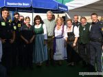 Oberbürgermeister Dieter Reiter mit der Wiesnwache auf dem Teufelsrad Oktoberfest München 2018
