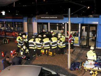 Schwerer Verkehrsunfall mit Tram (Moosach)